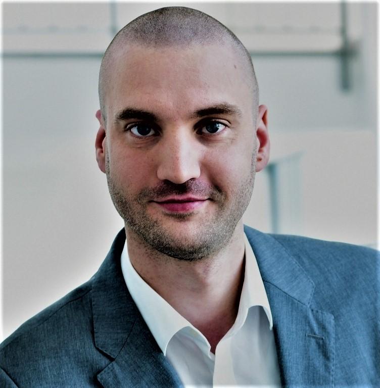 Portrait Tim Helfensdörfer
